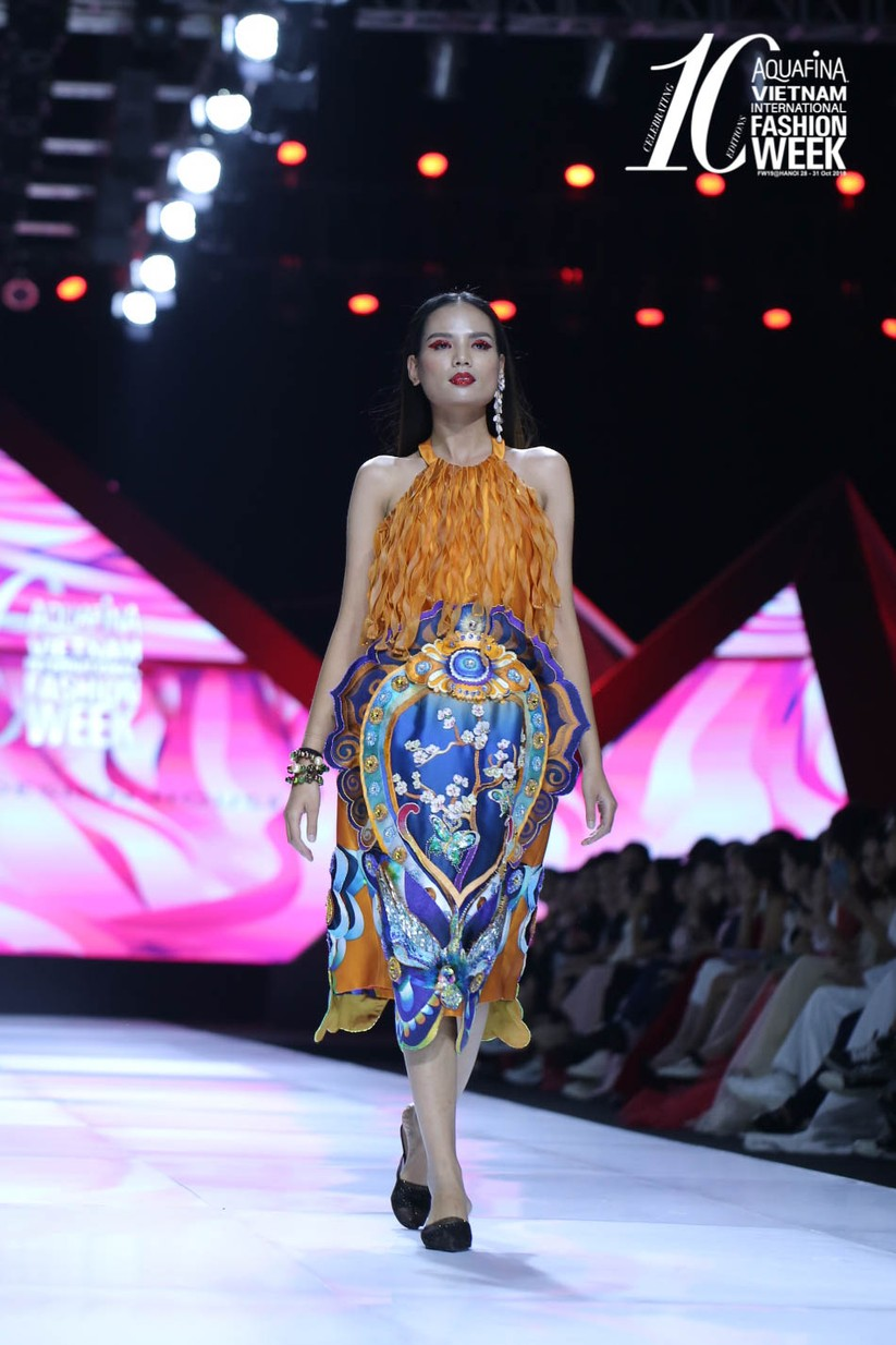 Hoa hậu Đỗ Mỹ Linh hóa Mỵ Châu kiều diễm ảnh 16