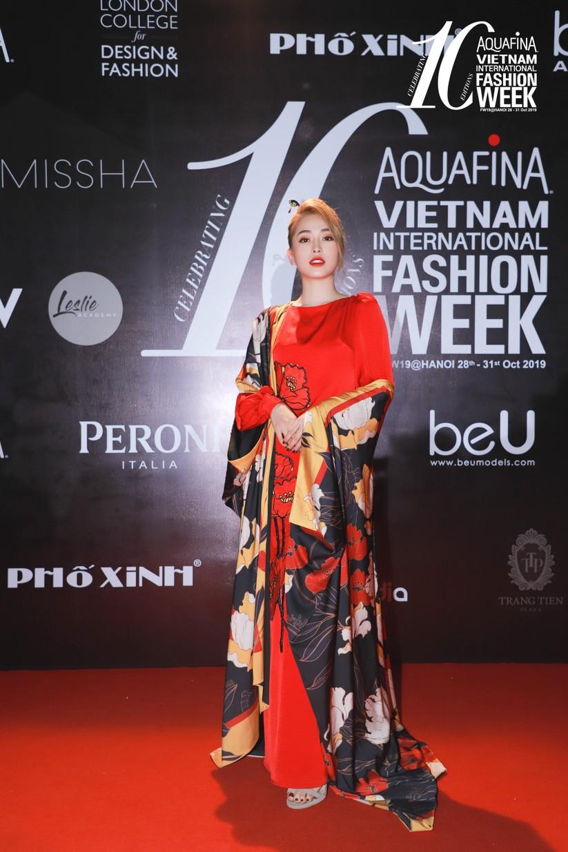 Á hậu Phương Nga diện trang phục trong BST mới nhất từ Nhà thiết kế Adrian Anh Tuấn