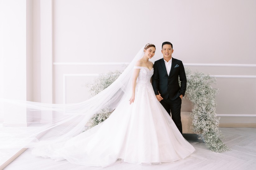 Giang Hồng Ngọc khoe hình cưới cùng chồng và con trai ảnh 8
