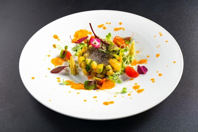 Salad Yến của chef Hoàng Sin