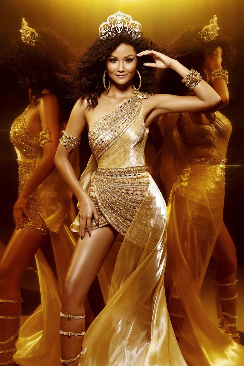 Hoa hậu H'Hen Niê đẹp rực rỡ trong sắc vàng quyền lực ảnh 5