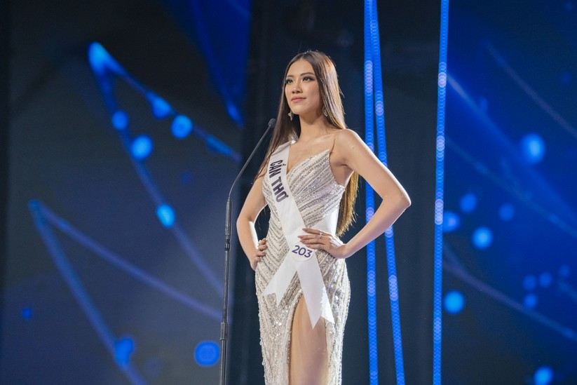 Nguyễn Trần Khánh Vân đăng quang Hoa hậu Hoàn vũ Việt Nam 2019 ảnh 8