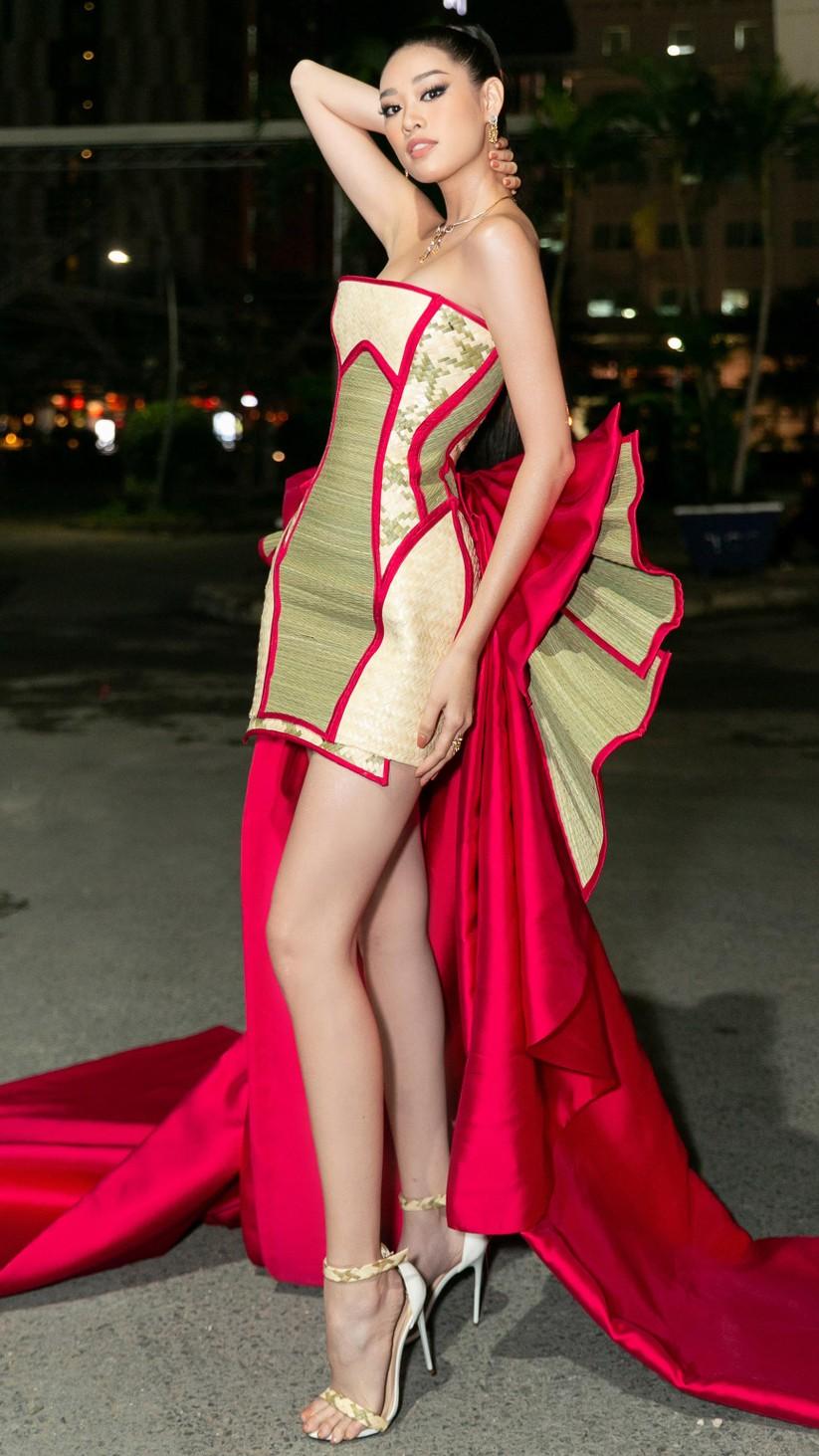Bộ trang phục với cảm hứng từ làng nghề làm chiếu ở Quận 8