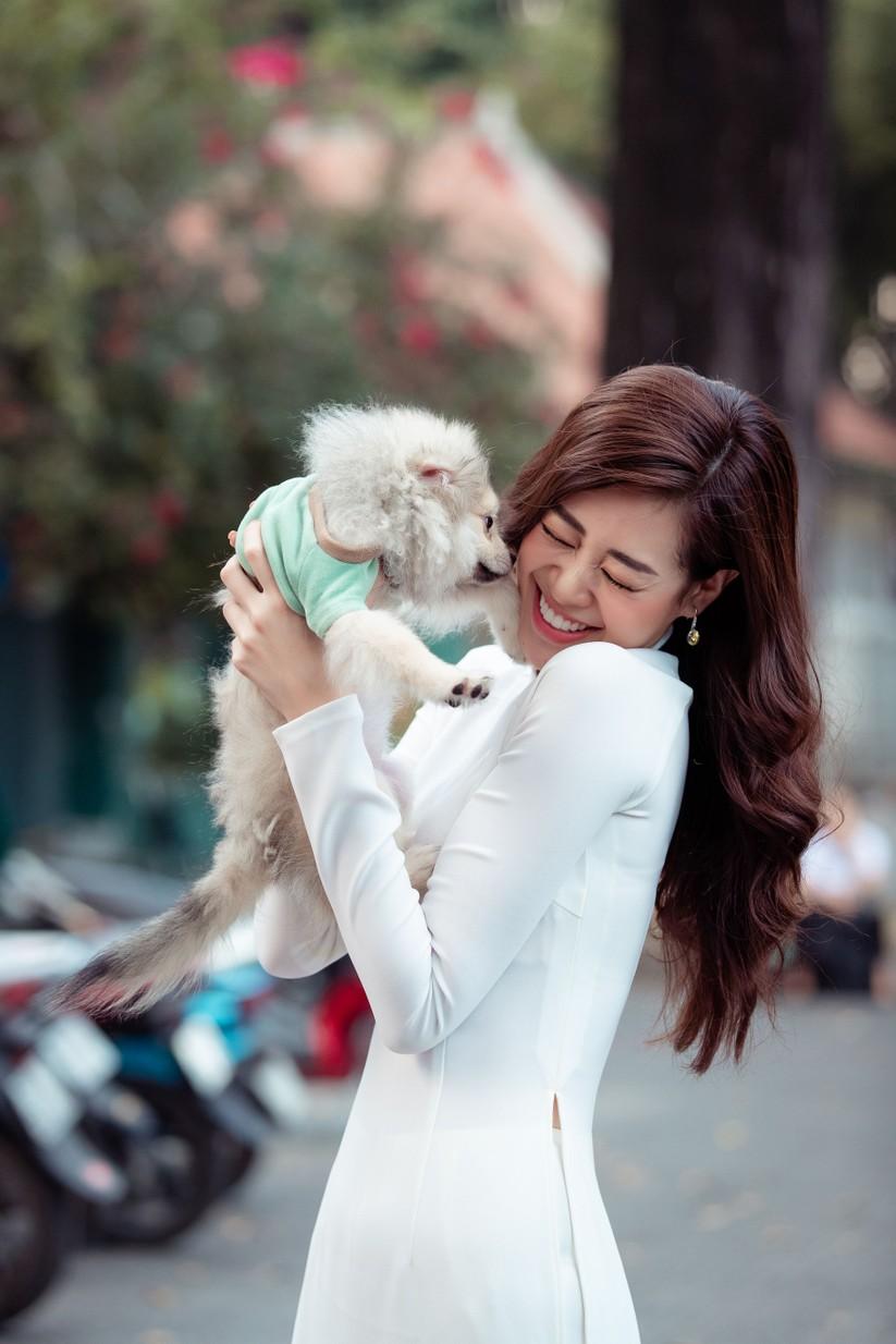 Hoa hậu Khánh Vân với những khoảnh khắc đáng yêu