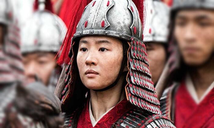 Củng Lợi trong phim Mulan - Ảnh: Disney