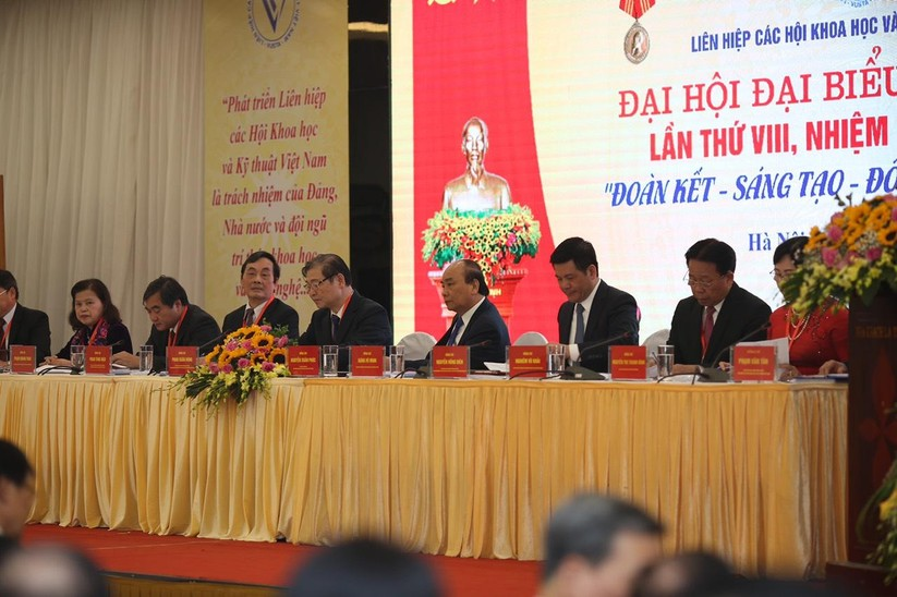Thủ tướng Nguyễn Xuân Phúc: Đầu tư cho đội ngũ trí thức Khoa học Công nghệ là đầu tư bền vững ảnh 1